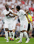 24.05.2010, Wembley Stadium, London, ENG, FIFA Worldcup Vorbereitung, Testspiel England vs Mexiko, im Bild Ledley King of England makes 1-0 and celebrates. EXPA Pictures © 2010, PhotoCredit: EXPA/ IPS/ Marcello Pozzetti