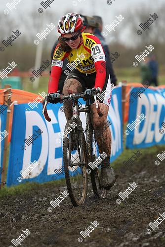 2008-11-11 / Veldrijden / Niel / Nele Seghers..Foto: Maarten Straetemans (SMB)