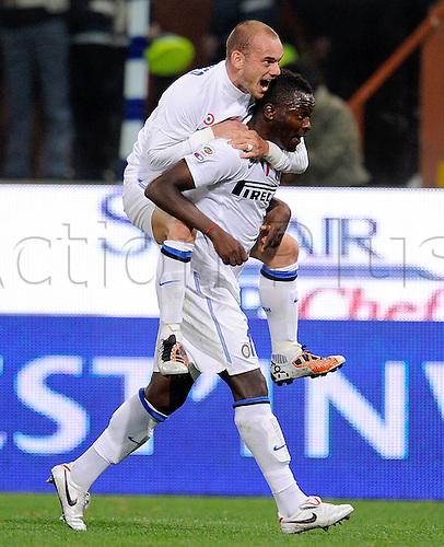 29 10 2010   Series A Season 2010 2011 CFC Genoa versus  Inter Milan. Milan 29 10 2010  cheering Wesley Sneijder on Sulley Muntari Inter