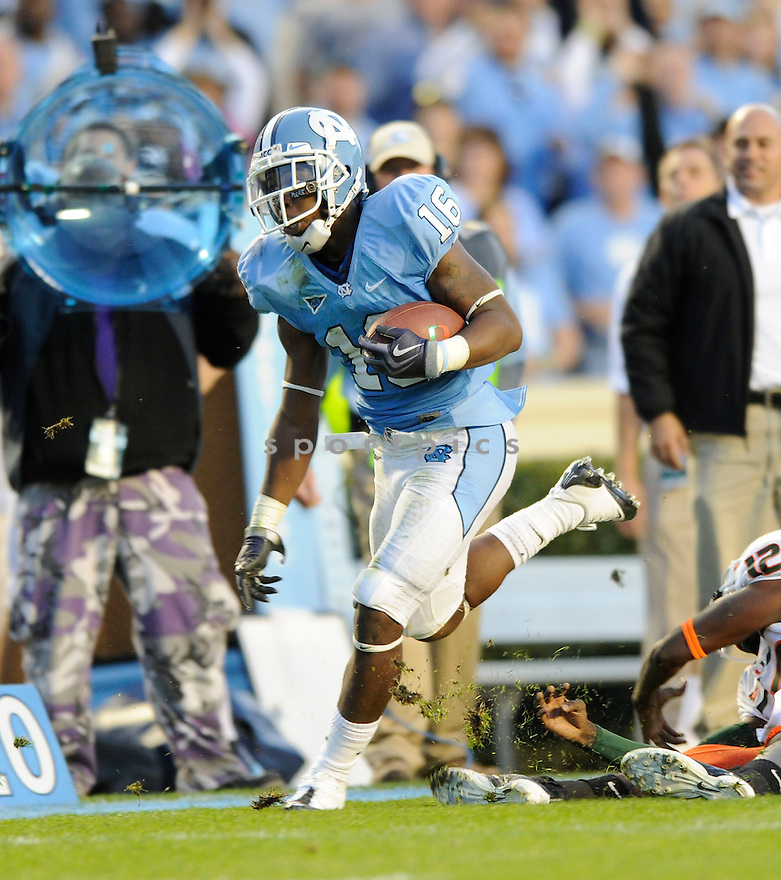KENDRIC BURNEY, of the North Carolina Tarheels, in action during the Tarheels game against the Miami Hurricanes on November 14, 2009 in Chapel Hill, NC. North Carolina won 33-24.