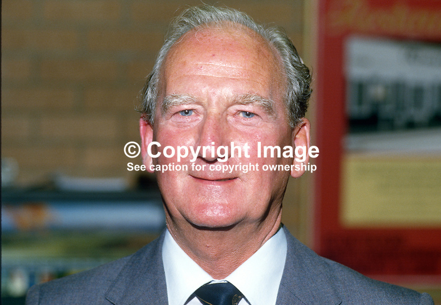 Gordon McLennan, general secretary, Communist Party of Great Britain, UK, 19851050GML..Copyright Image from Victor Patterson, 54 Dorchester Park, Belfast, UK, BT9 6RJ..Tel: +44 28 9066 1296.Mob: +44 7802 353836.Voicemail +44 20 8816 7153.Skype: victorpattersonbelfast.Email: victorpatterson@me.com.Email: victorpatterson@ireland.com (back-up)..IMPORTANT: If you wish to use this image or any other of my images please go to www.victorpatterson.com and click on the Terms & Conditions. Then contact me by email or phone with the reference number(s) of the image(s) concerned.