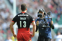 A BT Sport cameraman gets in close and personal with Duncan Taylor of Saracens during the Aviva Premiership Rugby Final between Saracens and Exeter Chiefs at Twickenham Stadium on Saturday 28th May 2016 (Photo: Rob Munro/Stewart Communications)