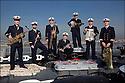 LES MUSICIENS DE LA FLOTTE<br /> Major Pierre Cano / Trompette<br /> Maître principal Charles Renaud / Wash Board<br /> Premier maître Guy Duverget : Trombone<br /> Premier maître Christophe Criado / Banjo<br /> Maître Ferjeux Beauny / Saxophone<br /> Second maître Sylvain Therond / Clarinette<br /> Maître Vincent Ollier / Tuba