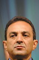 O candidato Duciomar Costa pelo PTB durante o último debate realizado pela TV Liberal em Belém no encerramento da campanha as eleições municipais em 2004.<br />Belém, Pará, Brasil.<br />30/10/2004<br />Foto Paulo Santos/Interfoto