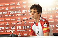 SAO PAULO, 11 DE MARCO DE 2013 - TREINO SAO PAULO - O jogador Rodrigo Caio durante coleteiva de imprensa no CT da Barra Funda, regiao oeste, na tarde desta segunda feira, 11. (FOTO: ALEXANDRE MOREIRA / BRAZIL PHOTO PRESS)