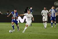 10th July 2020; Estadio Alfredo Di Stefano, Madrid, Spain; La Liga Football, Real Madrid versus Deportivo Alaves; Edgar Mendez (Deportivo Alaves) challenges for control of the ball with Toni Kroos (Real Madrid)