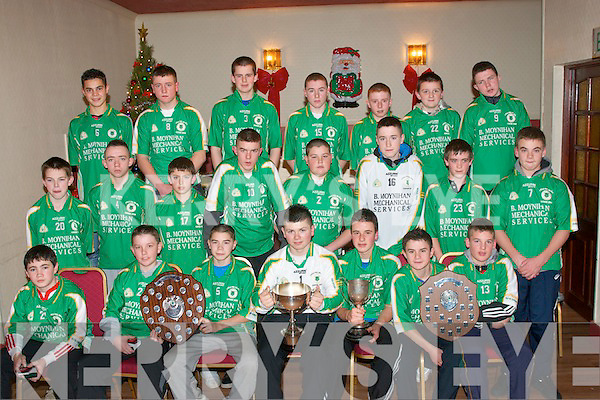 WINNERS: Tralee's John Mitchell's GAA U14 team had a very successful year winning a number of titles in the county including the Tralee town league, the North Kerry county league and championship and the county Feile championship. The prize giving was last Saturday night in the clubhouse on John Joe Sheehy Road. Front l-r: Micky O'Mahony, Micky O'Brien, Gary Murphy, Sean Birdsall, Gary O'Neill, Tony O'Brien and Wayne Duggan. Middle l-r: Frank O'Donnell, Jarod O'Sullivan, Jonathan O'Halloran, Jake Moran, Peter Murphy, Mike Wrenn, Conor O'Mahoney and Shane O Connor. Back l-r: Arjent Kastri, Gearoid Clifford, Jack Cahillane, Sean Moloney, Adam Leahy, Luke Horan and Blake O'Brien.   Copyright Kerry's Eye 2008