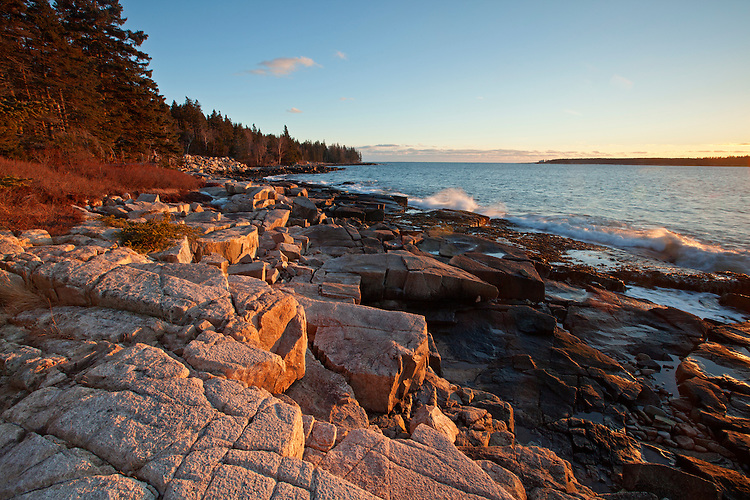 Granite rocks along the coastline at Frazier Point on the Schoodic Peninsula in Acadia National Park, Maine, USA