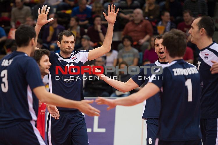 04.01.2014, MHP Arena, Ludwigsburg<br /> Volleyball, Qualifikation WM 2014, T&uuml;rkei / Tuerkei vs. Kroatien<br /> <br /> Jubel Danijel Galic (#3 CRO), Toni Kovacevic (#11 CRO), Tsimafei Zhukouski (#1 CRO), Ivan Raic (#6 CRO), Sime Vulin (#7 CRO)<br /> <br />   Foto &copy; nordphoto / Kurth