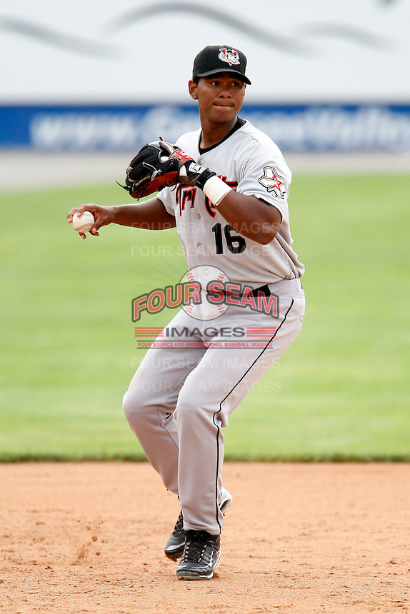 July 18, 2009:  Third Baseman Jhonny Medrano of the Tri-City ValleyCats during a game at Dwyer Stadium in Batavia, NY.  The ValleyCats are the Short-Season Class-A affiliate of the Houston Astros.  Photo By Mike Janes/Four Seam Images