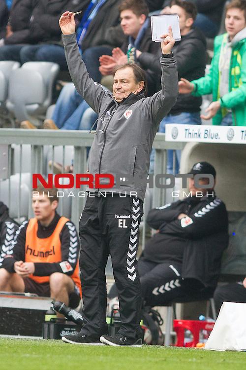 21.02.2015, Allianz Arena, Muenchen, GER, 2. FBL, TSV 1860 Muenchen vs. FC St. Pauli, im Bild Ewald Lienen (Trainer St. Pauli)<br /> <br /> Foto &copy;  nordphoto/ Straubmeier