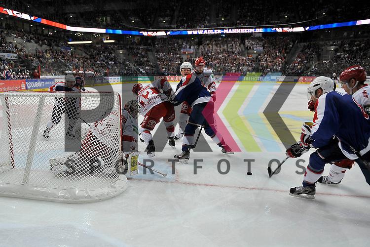 Mannheim 23.11.12 DEL, Adler Mannheim - Koelner Haie, rechts Mannheims Yanick Lehoux (Nr.8) und Mannheims Frank Mauer (Nr.28) gegen Koelns Danny Aus den Birken (Nr.33) <br /> <br /> Foto &copy; Ice-Hockey-Picture-24 *** Foto ist honorarpflichtig! *** Auf Anfrage in hoeherer Qualitaet/Aufloesung. Belegexemplar erbeten. Veroeffentlichung ausschliesslich fuer journalistisch-publizistische Zwecke. For editorial use only.