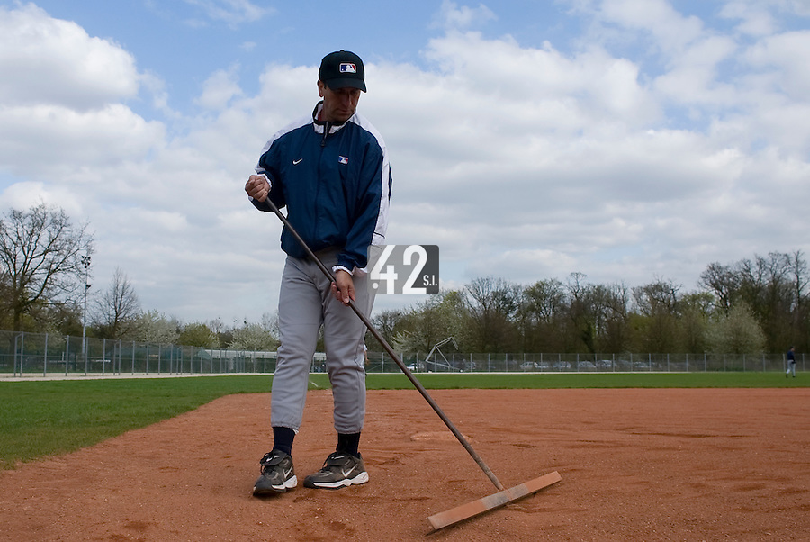18 April 2006: MLB representative works on the field during the third of seven 2006 MLB European Academy Try-out Sessions throughout Europe, at Stade Pershing, INSEP, near Paris, France. Try-out sessions are run by members of the Major League Baseball Scouting Bureau with assistance from MLBI staff.