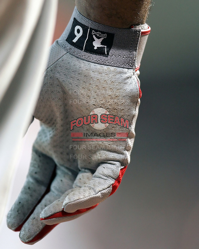 Ryan Howard batting glove. Photo by Andrew Woolley / Baseball America.