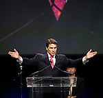 Rick Perry evangelical response