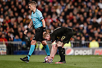 26th February 2020; Estadio Santiago Bernabeu, Madrid, Spain; UEFA Champions League Football, Real Madrid versus Manchester City; Kevin De Bruyne (Manchester City)  takes and scores from the penalty spot for 1-2 in the 83rd minute