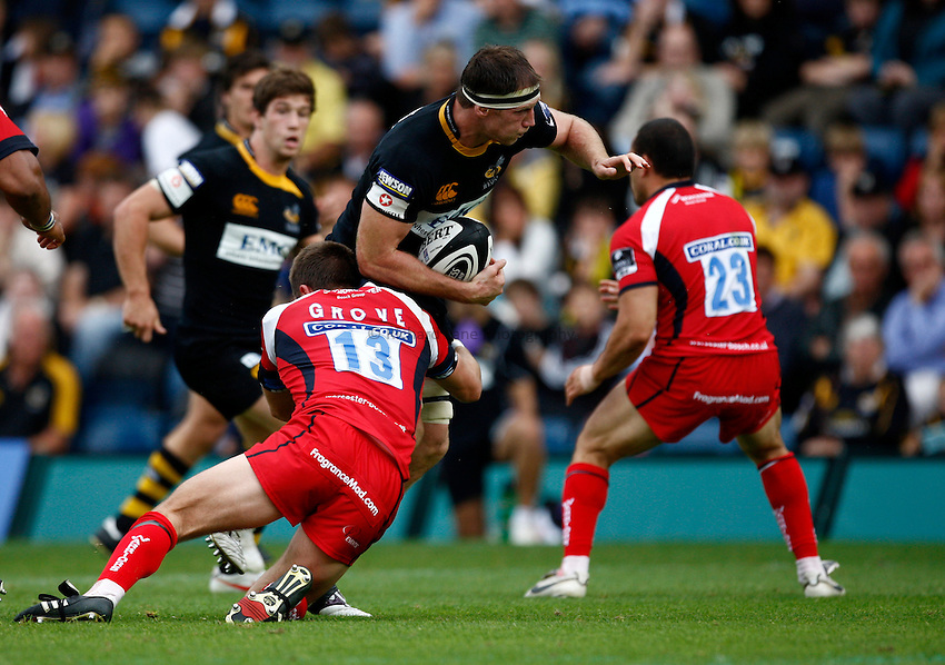 Photo: Richard Lane/Richard Lane Photography.London Wasps v Worcester Warriors. Guinness Premiership. 20/09/2009. Wasps' Richard Birkett attacks.