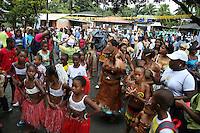 JUANCHACO - COLOMBIA - 16-07-2013: Ciudadanos de Juanchaco, en la costa pacifica del Valle del Cauca Colombia, desfilan con la Virgen del Carmen, durante celebración, julio 16 de 2013. (Foto: VizzorImage / Juan C. Quintero / Str.) Citizen of Juanchaco, on the Pacific coast of Valle del Cauca Colombia, parading with the Virgin of Carmen, for celebration, July 16, 2013. (Photo: VizzorImage / John C. Quintero / Str)
