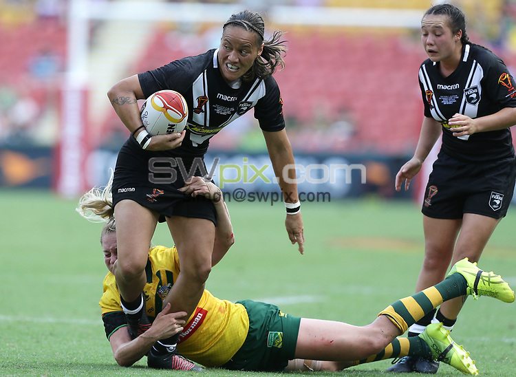 New Zealand's Honey Hireme is tackled by Australia's Kezie Apps during the women's Rugby League World Cup final between Australia and New Zealand, Suncorp Stadium, Brisbane, Australia, 2 December 2017. Copyright Image: Tertius Pickard / www.photosport.nz MANDATORY CREDIT/BYLINE : Tertius Pickard/SWpix.com/PhotosportNZ