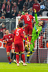 07.11.2018, Allianz Arena, Muenchen, GER, UEFA CL, FC Bayern Muenchen (GER) vs AEK Athen (GRC), Gruppe E, UEFA regulations prohibit any use of photographs as image sequences and/or quasi-video, im Bild Javi Martinez (FCB #8) im kampf mit Vassilis Barkas (AEK Athen #1) mit Robert Lewandowski (FCB #9) Mats Hummels (FCB #5) <br /> <br /> Foto &copy; nordphoto / Straubmeier