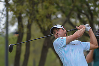 Kevin Kisner (USA) watches his tee shot on 8 during day 5 of the World Golf Championships, Dell Match Play, Austin Country Club, Austin, Texas. 3/25/2018.<br /> Picture: Golffile | Ken Murray<br /> <br /> <br /> All photo usage must carry mandatory copyright credit (© Golffile | Ken Murray)