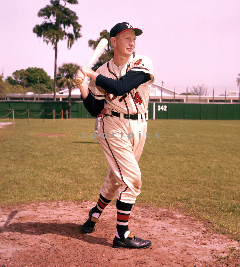 Milwaukee Braves Red Schoendienst (4) portrait from his 1958 season with the Milwaukee Braves. Red Schoendienst played for 19 season with 3 different teams, was a 10-time All-Star, and was inducted to the Baseball Hall of Fame in 1989.(SportPics)