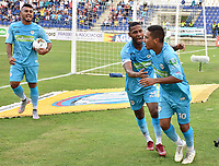 MONTERIA - COLOMBIA, 09-02-2019: Harrison Mojica (#10) de Jaguares celebra después de anotar el primer gol de su equipo durante el partido por la fecha 4 de la Liga Águila I 2019 entre Jaguares de Córdoba y Millonarios jugado en el estadio Jaraguay de la ciudad de Montería. / Harrison Mojica (#10) of Jaguares de Cordoba celebrates after scoring the first goal of his team during match for the date 4 as part Aguila League I 2019 between Jaguares de Cordoba and Millonarios played at Jaraguay stadium in Monteria city city. Photo: VizzorImage / Andres Rios / Cont
