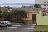 SÃO JOSÉ DOS PINHAIS, PR, 23 DE JULHO DE 2013 – NEVE – Neve caiu rapidamente por cerca de cinco minutos em São Jose dos Pinhais - Regiao Metropolitana de Curitiba (RMC).<br /> (Foto: Roberto Dziura Jr./Brazil Photos)