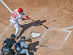 20 September 2015: Washington Nationals shortstop Ian Desmond in action against the Miami Marlins at Nationals Park in Washington, DC. The Nationals defeated the Marlins 13-3 to take the final game of their 4-game series. Mandatory Credit: Ed Wolfstein Photo *** RAW (NEF) Image File Available ***