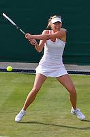 26-06-13, England, London,  AELTC, Wimbledon, Tennis, Wimbledon 2013, Day three, Maria Sharapova (RUS)<br /> <br /> <br /> <br /> Photo: Henk Koster