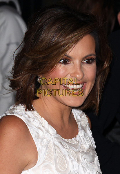 "MARISKA HARGITAY .World Premiere of ""Amelia"" at the Paris Theater, New York, NY, USA, .20th October 2009..portrait headshot white sleeveless smiling funny teeth mouth open .CAP/ADM/PZ.©Paul Zimmerman/AdMedia/Capital Pictures."