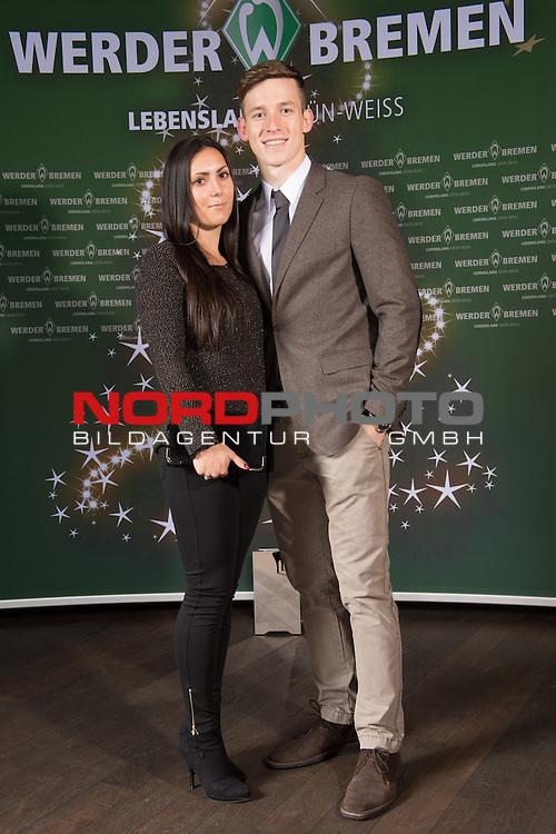 16.12.2013, GOP - Theater, Bremen, Weihnachtsfeier Werder Bremen 2013, im Bild<br /> <br /> Richard Strebinger mit Sarah<br /> <br /> Foto &copy; nordphoto / Kokenge