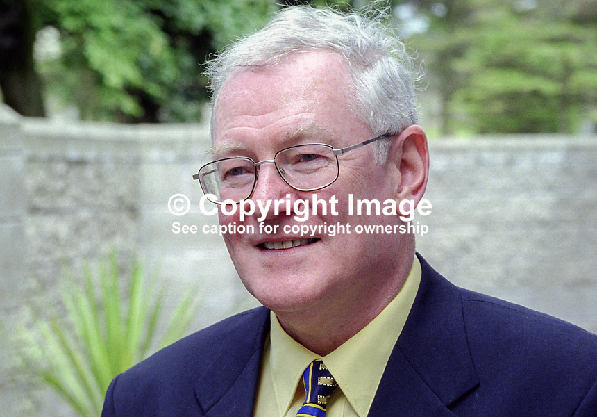 George Watson, University of Aberdeen, Scotland, director, 40th, Yeats International Summer School, Sligo, Rep of Ireland. Native of Portadown, N Ireland. Ref: 199908029.<br /> <br /> Copyright Image from Victor Patterson,<br /> 54 Dorchester Park, <br /> Belfast, UK, BT9 <br /> <br /> t1: +44 28 9066 1296 (from Rep of Ireland 048 90661296)<br /> t2: +44 28 9002 2446 (from Rep of Ireland 048 9002 2446)<br /> <br /> m: +44 7802 353836<br /> <br /> e: victorpatterson@me.com<br /> www.victorpatterson.com<br /> <br /> Please see my Terms and Conditions of Use at www.victorpatterson.com. It is IMPORTANT that you familiarise yourself with them.<br /> <br /> Images used on the Internet must be visibly watermarked i.e. &copy; Victor Patterson<br /> within the body of the image and copyright metadata must not be deleted. Images <br /> used on the Internet have a size restriction of 4kbs and will be chargeable at current<br />  NUJ rates unless agreed otherwise.<br /> <br /> This image is only available for the use of the download recipient i.e. television station, newspaper, magazine, book publisher, etc, and must not be passed on to any third <br /> party. It is also downloaded on condition that each and every usage is notified within 7 days to victorpatterson@me.com<br /> <br /> The right of Victor Patterson to be identified as the author is asserted in accordance with The Copyright Designs And Patents Act (1988). All moral rights are asserted.