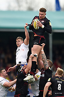 Nick Isiekwe of Saracens wins the ball at a lineout. Aviva Premiership match, between Saracens and Bath Rugby on April 15, 2018 at Allianz Park in London, England. Photo by: Patrick Khachfe / Onside Images