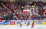 S&ouml;dert&auml;lje 2014-01-06 Ishockey Hockeyallsvenskan S&ouml;dert&auml;lje SK - Malm&ouml; Redhawks :  <br /> S&ouml;dert&auml;lje publik och supportrar i Axa Sports Center under matchen<br /> (Foto: Kenta J&ouml;nsson) Nyckelord:  supporter fans publik supporters inomhus interi&ouml;r interior