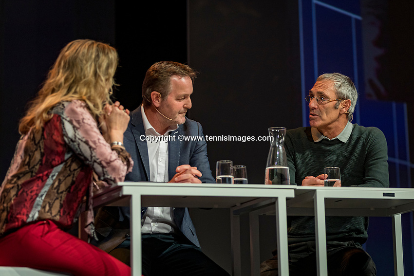 Nieuwegein, Netherlands, November 23,  2019, MBC Congrescentrum, KNLTB Year Congres , Tjerk Bogtstra and Rinus van Leeuwen (R) with Kristie Boogert<br /> Photo: Tennisimages/Henk Koster