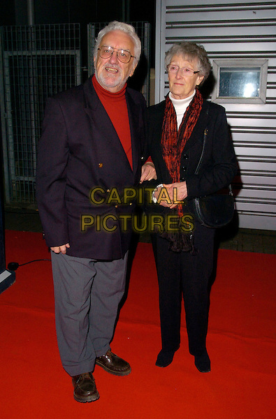 "BERNARD CRIBBINS & GUEST.Attending the ""Doctor Who"" Christmas Special Gala Screening held at the Science Museum,.London, England, December 19th 2007..Dr Dr. full length .CAP/CAN.©Can Nguyen/Capital Pictures"