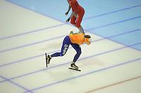 SCHAATSEN: HEERENVEEN: IJsstadion Thialf, 15-11-2012, World Cup Training, Seizoen 2012-2013, Marije Joling, Ireen Wüst, ©foto Martin de Jong