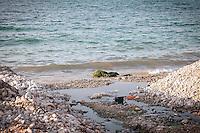 Scarico fognario abusivo nel mar Mediterraneo presso Carini in Sicilia.<br /> Abusive drains into the Mediterranean Sea at Carini in Sicily