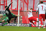 01.12.2018, RheinEnergieStadion, Koeln, GER, 2. FBL, 1.FC Koeln vs. SpVgg Greuther Fürth,<br />  <br /> DFL regulations prohibit any use of photographs as image sequences and/or quasi-video<br /> <br /> im Bild / picture shows: <br /> Torchance fuer Simon Terodde (FC Koeln #9), <br /> <br /> Foto © nordphoto / Meuter