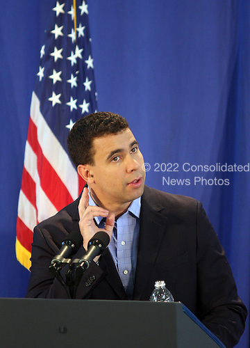Oak Bluffs, MA - August 24, 2009 -- Deputy White House Press Secretary Bill Burton answers reporters' questions during the morning press briefing in Oak Bluffs School in Oak Bluffs, Massachusetts Monday, August 24,2009. Burton answerd some general policy questions and didn't indicate any plans during the day for the First Family's first full day of the their week-long vacation on Martha's Vineyard. .Credit: Vincent DeWitt - Pool via CNP