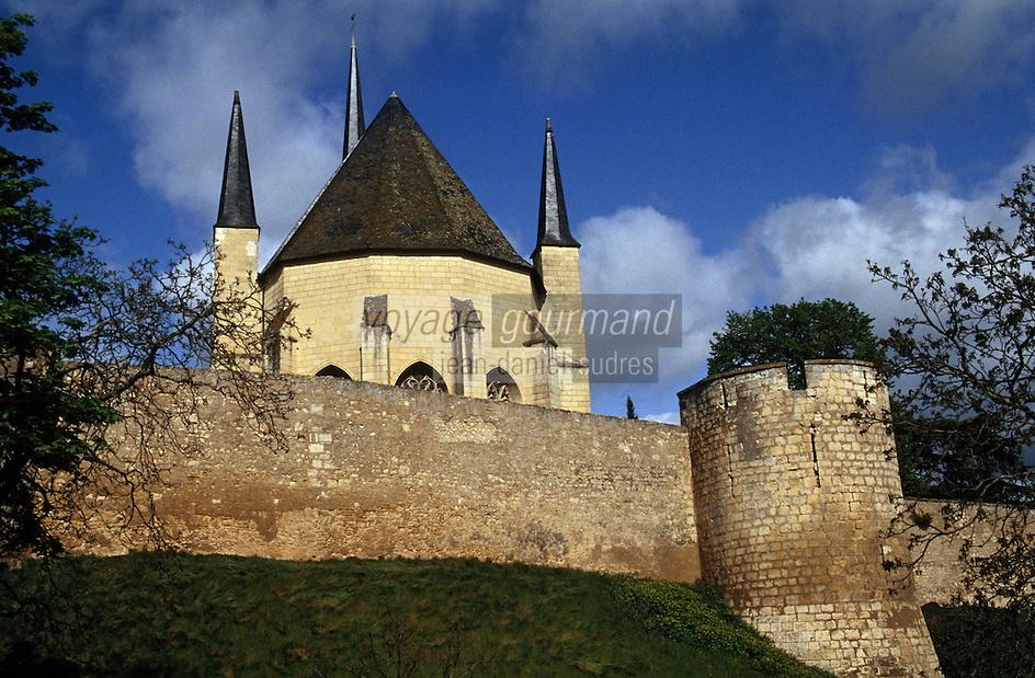 Europe/France/Pays de la Loire/49/Maine-et-Loire/Montreuil-Bellay: Le Château - Les remparts et l'église