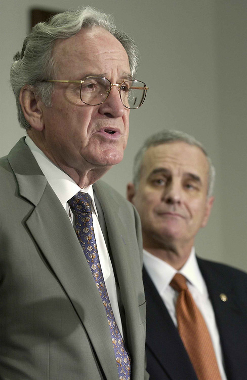 06/22/05.ENERGY BILL--Sen. Tom Harkin, D-Iowa, and Sen. Mark Dayton, D-Minn., during a news conference on measures which expand the use of biobased and renewable resources..CONGRESSIONAL QUARTERLY PHOTO BY SCOTT J. FERRELL
