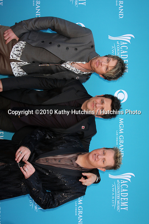 Rascal Flatts.at the Academy Of Country Music Awards 2010.MGM Grand Arena.Las Vegas, NV.April 18, 2010.©2010 Kathy Hutchins / Hutchins Photo....