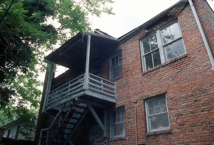 1997 July 03..Conservation.Park Place..AFRICA HOUSE...NEG#.NRHA#..