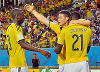 CUIABA - BRASIL -24-06-2014. James Rodriguez (#10), Jackson Martinez (#21) y Adrian Ramos (#19) jugadores de Colombia (COL) celebran un gol anotado a Japón (JPN) durante partido del Grupo C de la Copa Mundial de la FIFA Brasil 2014 jugado en el estadio Arena Pantanal de Cuiaba./ James Rodriguez (#10), Jackson Martinez (#21) and Adrian Ramos (#19) players of Colombia (COL) celebrate a goal scored to Japan (JPN) during the macth of the Group C of the 2014 FIFA World Cup Brazil played at Arena Pantanal stadium in Cuiaba. Photo: VizzorImage / Alfredo Gutiérrez / Contribuidor
