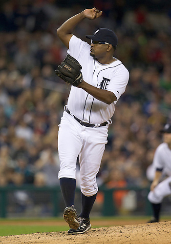 September 28, 2011:  Detroit Tigers relief pitcher Jose Valverde (#46) delivers pitch during MLB game action between the Cleveland Indians and the Detroit Tigers at Comerica Park in Detroit, Michigan.  The Tigers defeated the Indians 5-4.