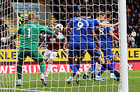 Burnley's Jeff Hendrick sets himself before volleying to score the opening goal past Everton's Jordan Pickford<br /> <br /> Photographer Rich Linley/CameraSport<br /> <br /> The Premier League - Burnley v Everton - Saturday 5th October 2019 - Turf Moor - Burnley<br /> <br /> World Copyright © 2019 CameraSport. All rights reserved. 43 Linden Ave. Countesthorpe. Leicester. England. LE8 5PG - Tel: +44 (0) 116 277 4147 - admin@camerasport.com - www.camerasport.com
