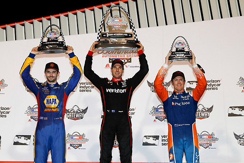Alexander Rossi, Andretti Autosport Honda, Scott Dixon, Chip Ganassi Racing Honda, Will Power, Team Penske Chevrolet, podium
