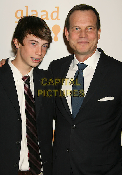 JAMES & BILL PAXTON.20th Annual GLAAD Media Awards held at the Nokia Theatre, Los Angeles, California, USA..April 18th, 2009.half length black suit jacket father dad son family .CAP/ADM/MJ.©Michael Jade/AdMedia/Capital Pictures.